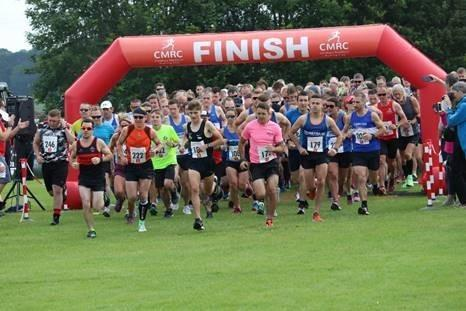 Runners set off in the Cleobury Mortimer 10k