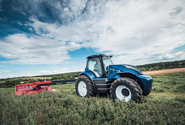 Ludlow Advertiser: T6 methane power tractor