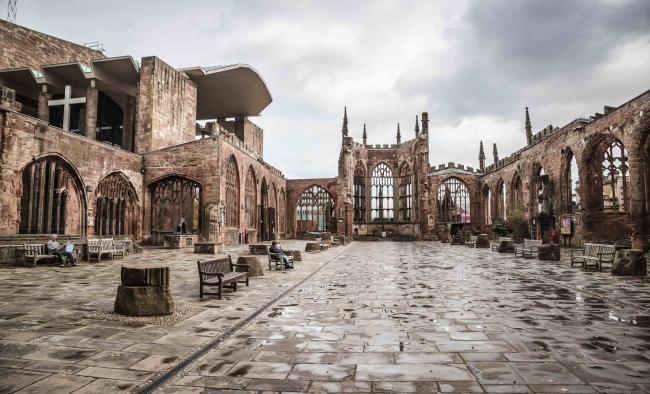 Coventry Cathedral ruins, Clare Chamberlain