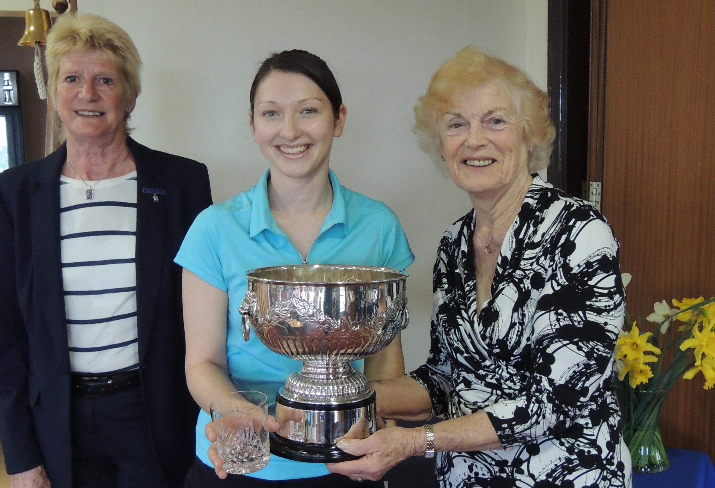 Winner Helen White (centre) with Ludlow's Jacki Corbett (left) and Edna Spanner.