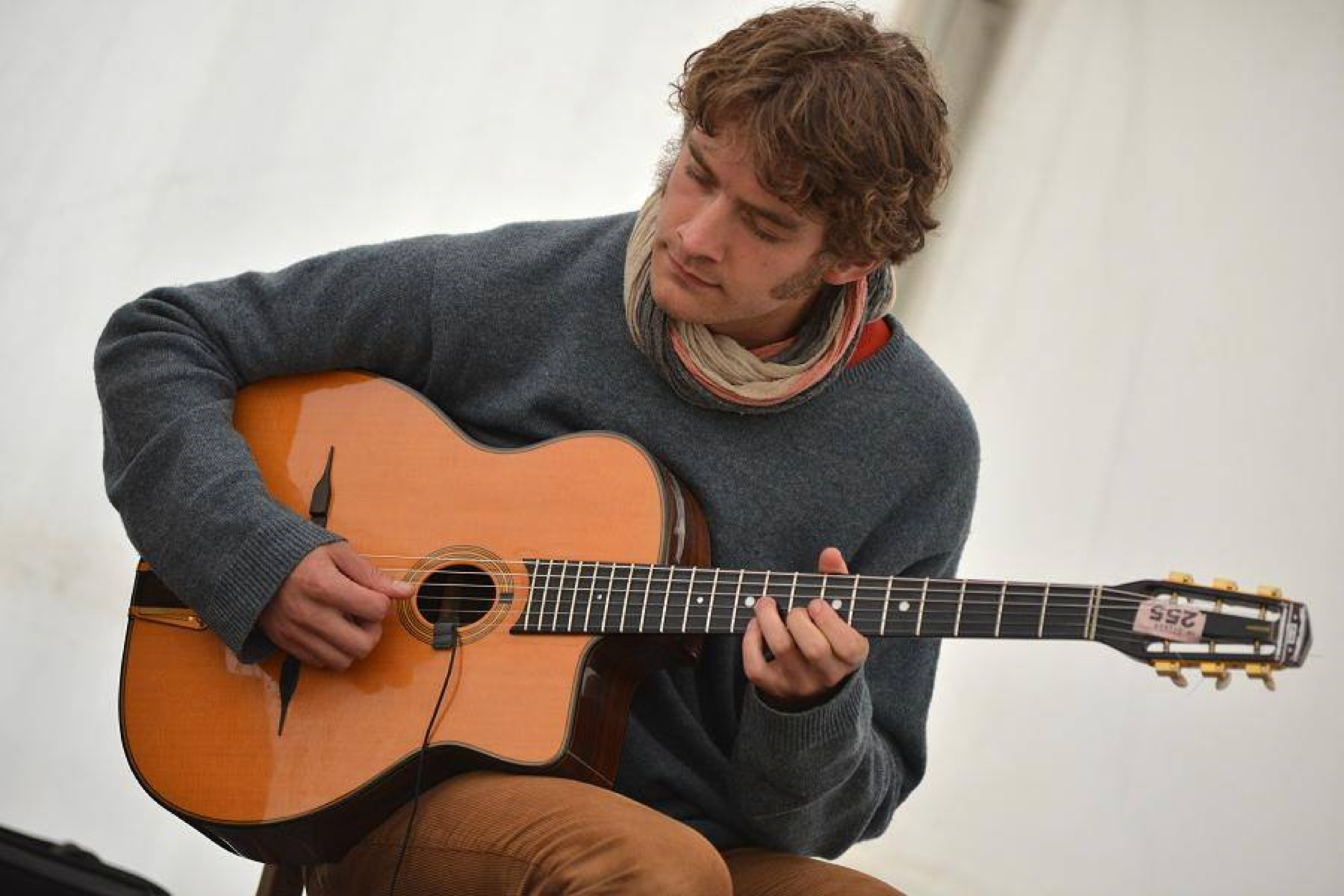 Gypsy jazz guitarist Remi Harris, who counts Jamie Cullum among his fans.