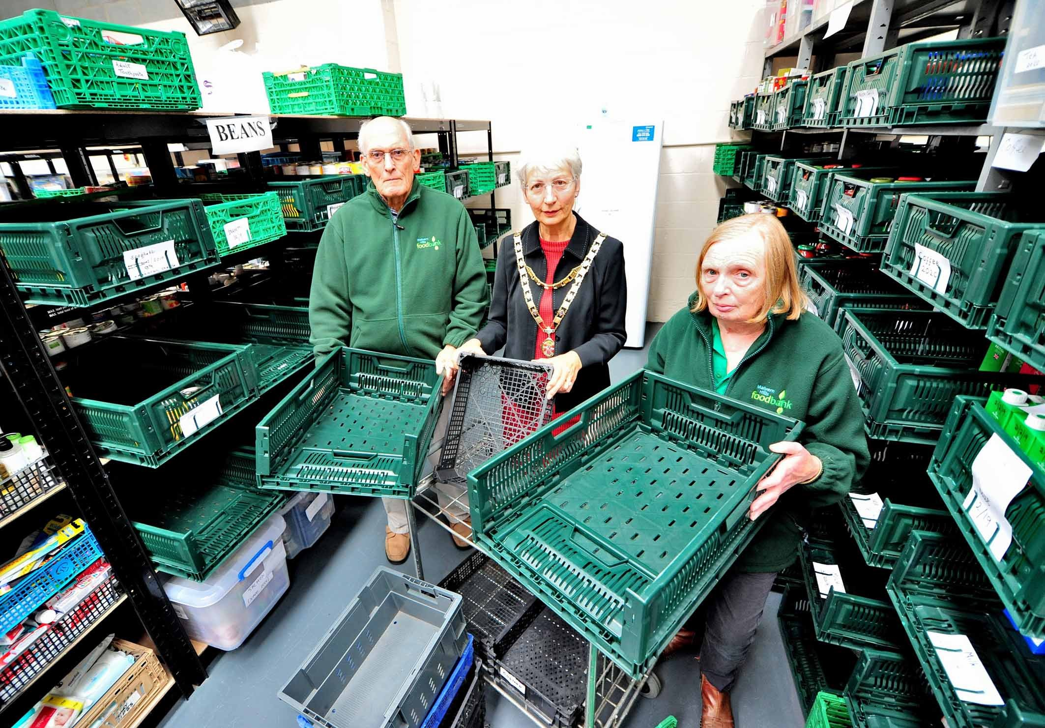 Mayor Councillor Cynthia Palmer, with Gill Butler, Team Leader/Volunteer, and Mike Hayes, Volunteer/Trustee, at the Malvern Food Bank. Pic Jonathan Barry 16.10.18.