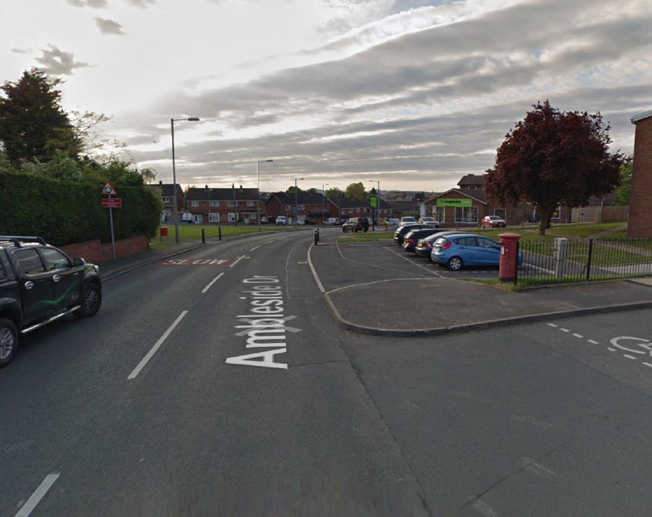 CRASH: Teenage boy has been sent to hospital following a car crashing into a lamp post in Ambleside Drive, Worcester