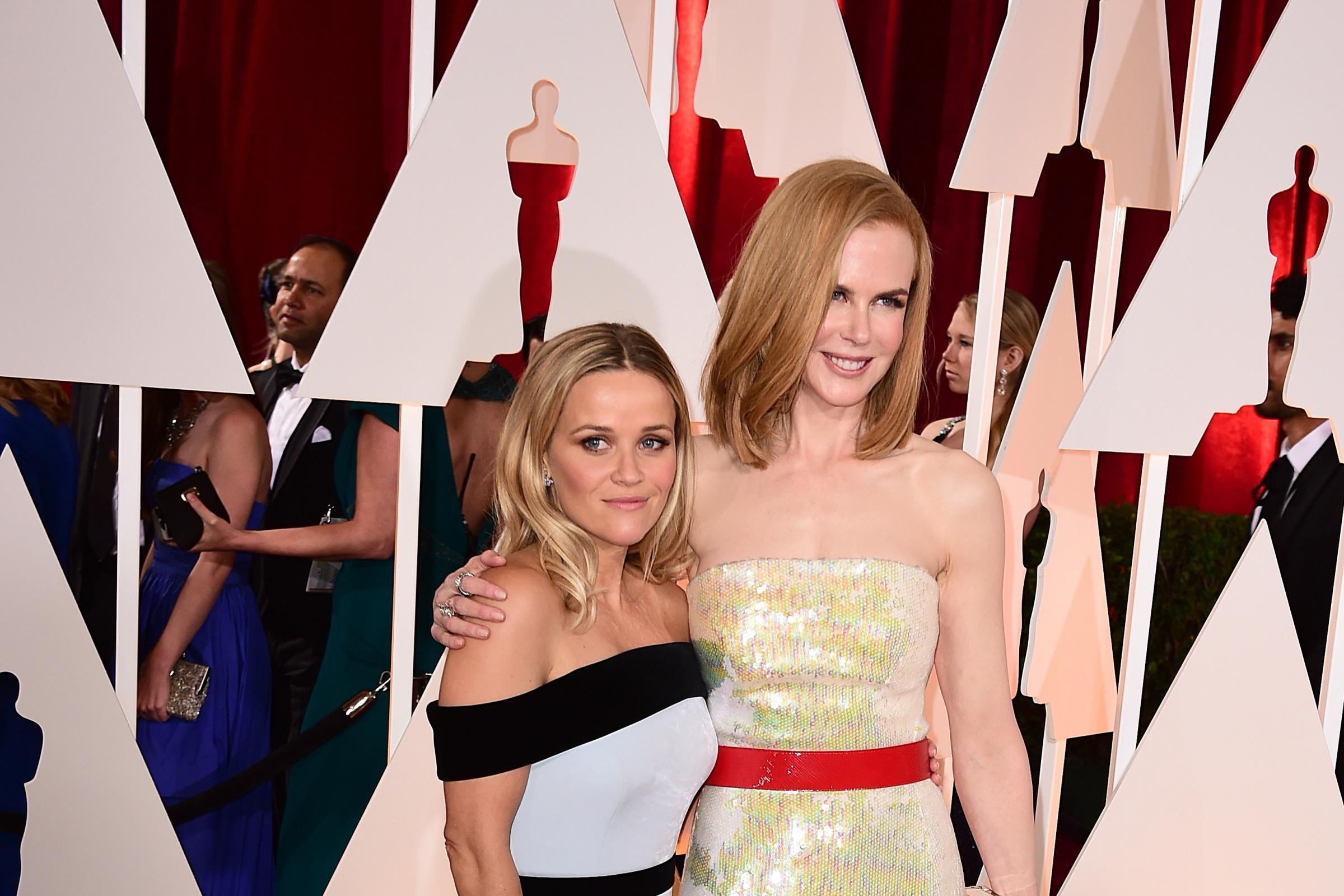 Reese Witherspoon and Nicole Kidman at the Oscars